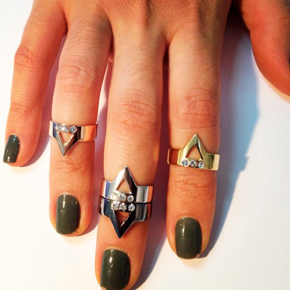 aneis triangulo bianca bertoni 03